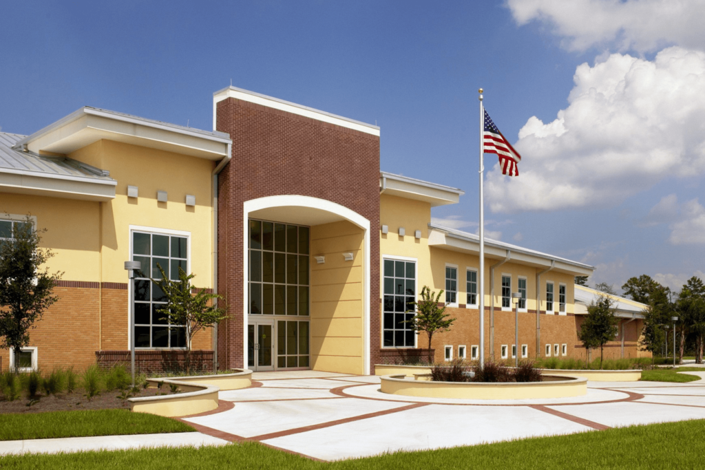 Daytona State College – Deltona Center Master Plan and Building 1 - 1